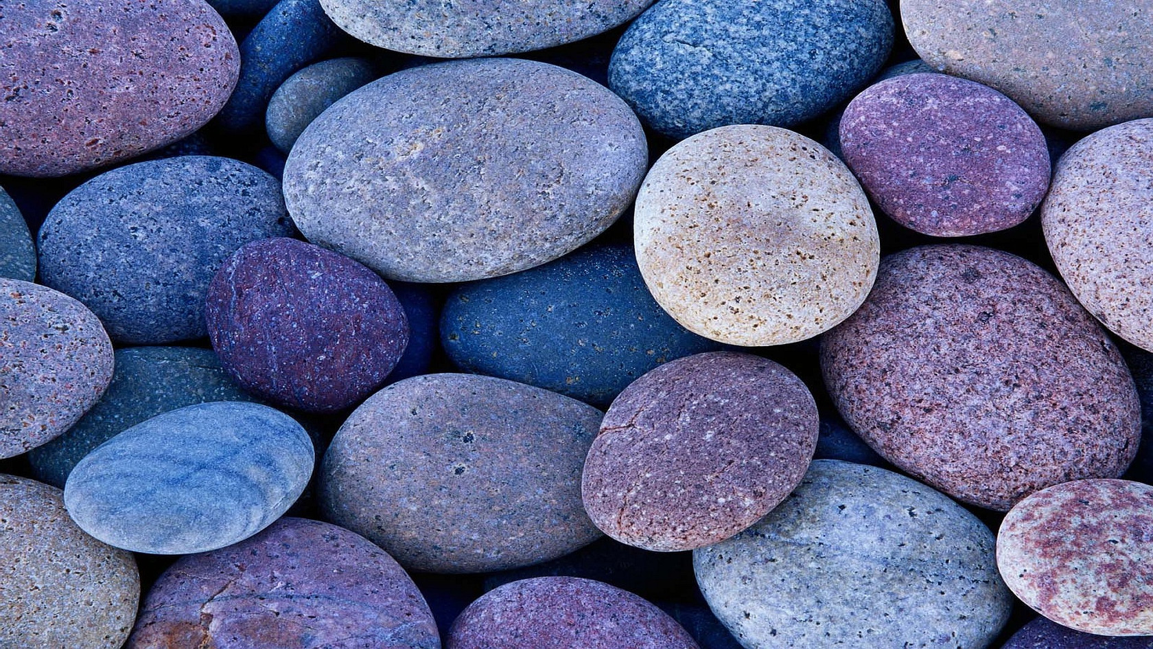 Poetry  - Page 8 02-pebbles-12397